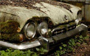 1316505509_cemetery_cars_19